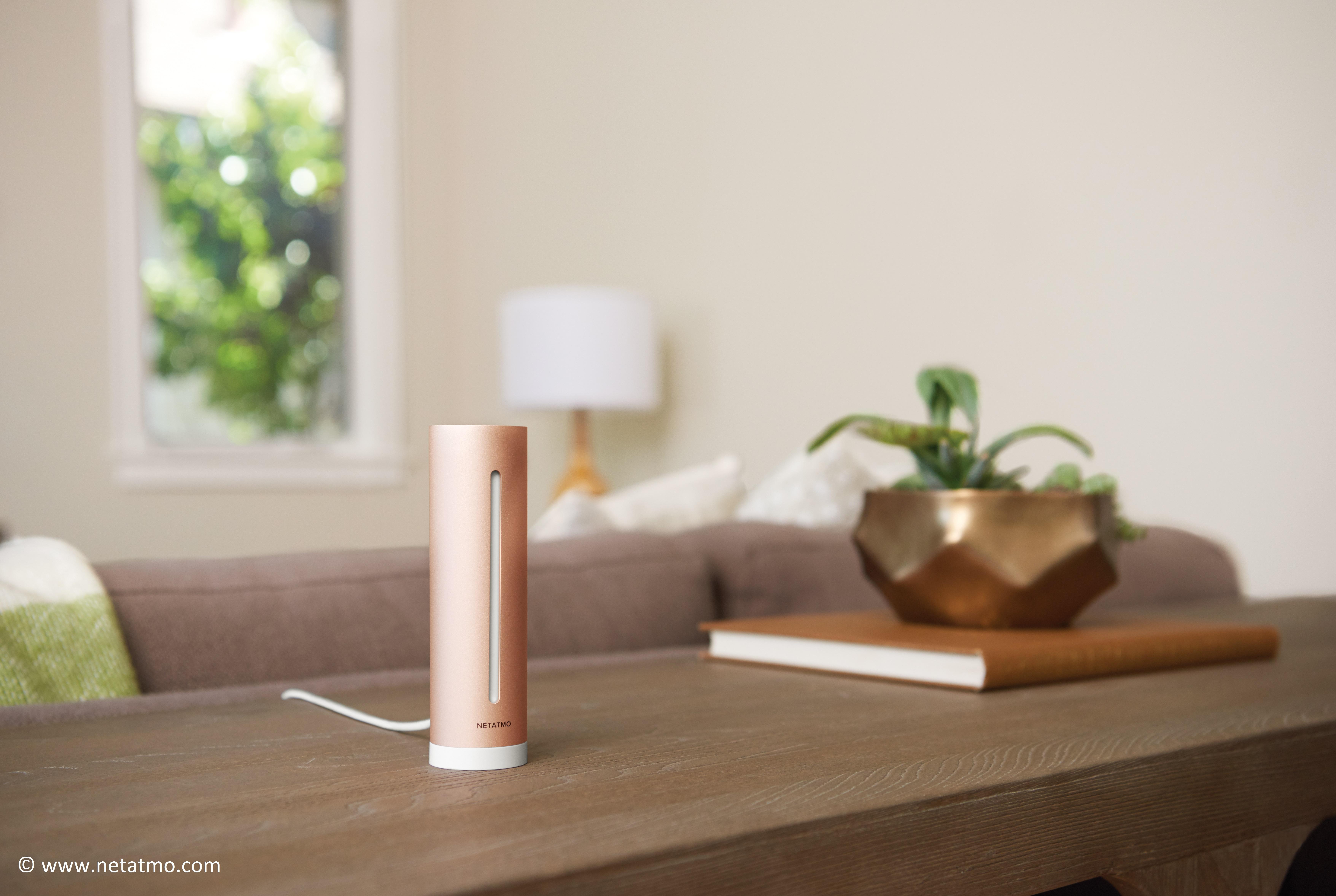 Netatmo Healthy Home Coach im Wohnzimmer
