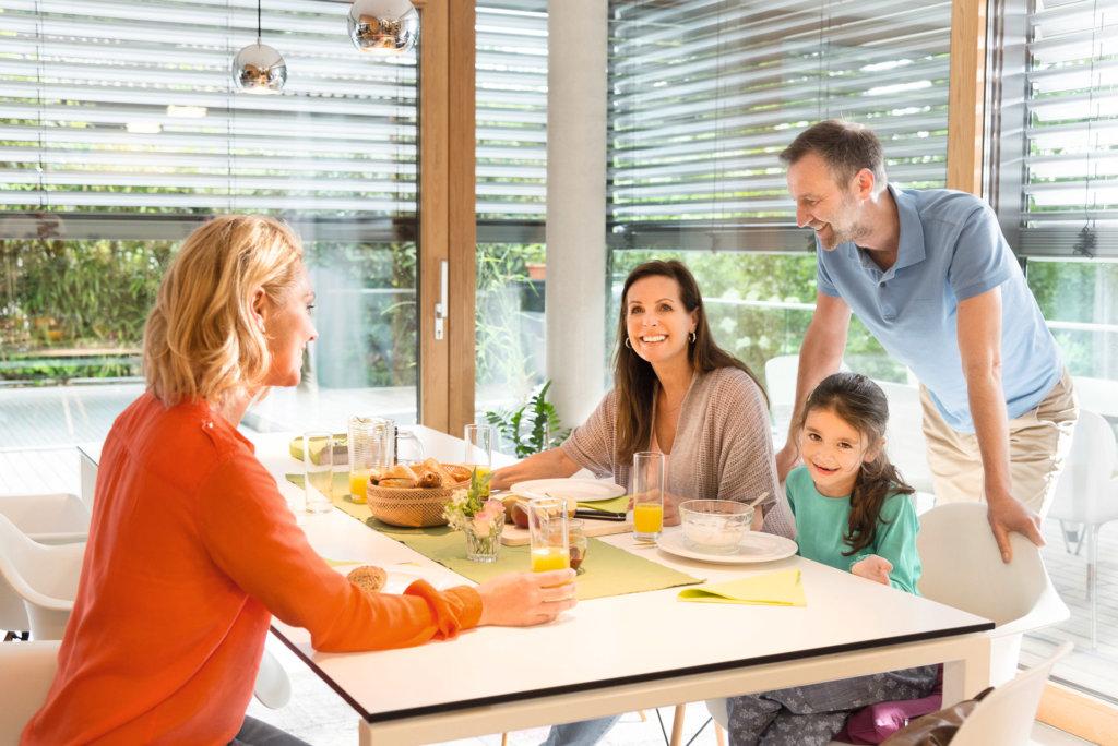 Elero Jalousie smart Home familie