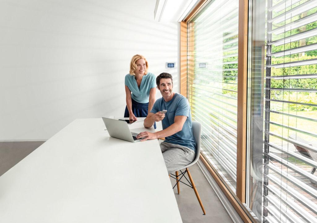 elero Works With mediola® - Smarte Jalousie und Rollläden mit mediola