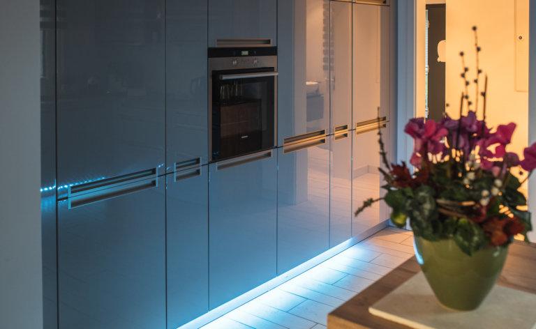 smarte Küchenbeleuchtung mit philips hue und mediola